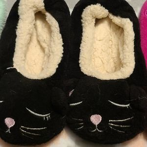 isotoner Shoes - Bundle 3 Pairs Women's Slippers Size Small